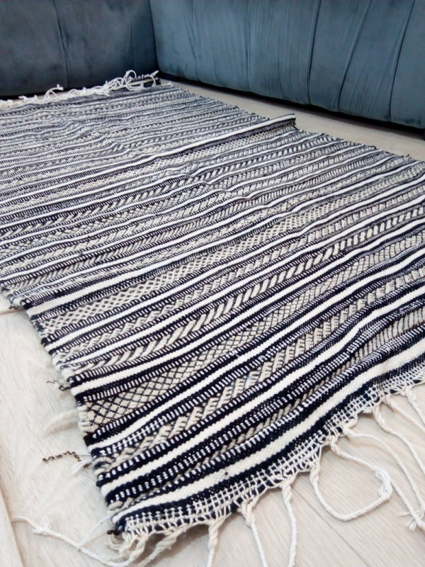 Moroccan zanafi rug berber style Hand Knotted - Full Wool -