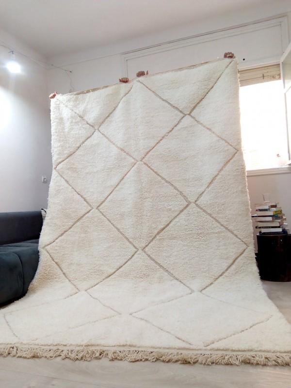 Moroccan Beni Ourain Style Tribal Rug - Faded Design - Shag Pile - Full Wool