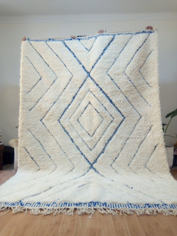 Moroccan Beni Ourain style - Handwoven Rug - blue carpet pattern