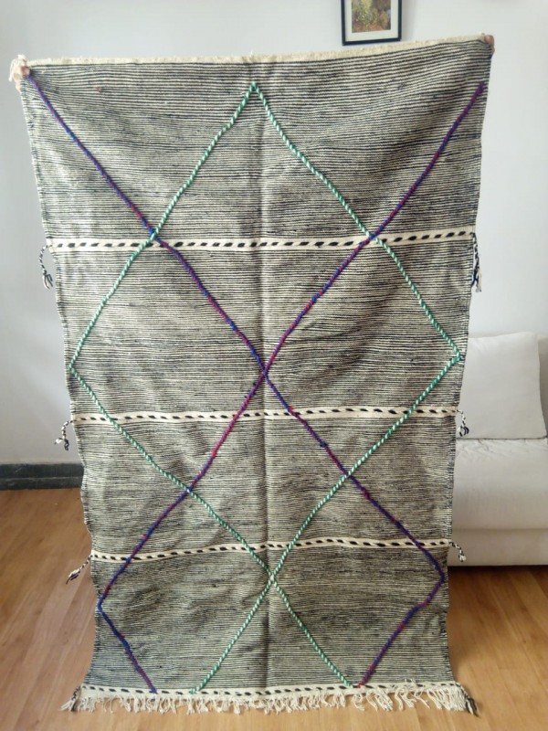 Authentic  meduim zanafi Moroccan Rug berber style Hand Knotted