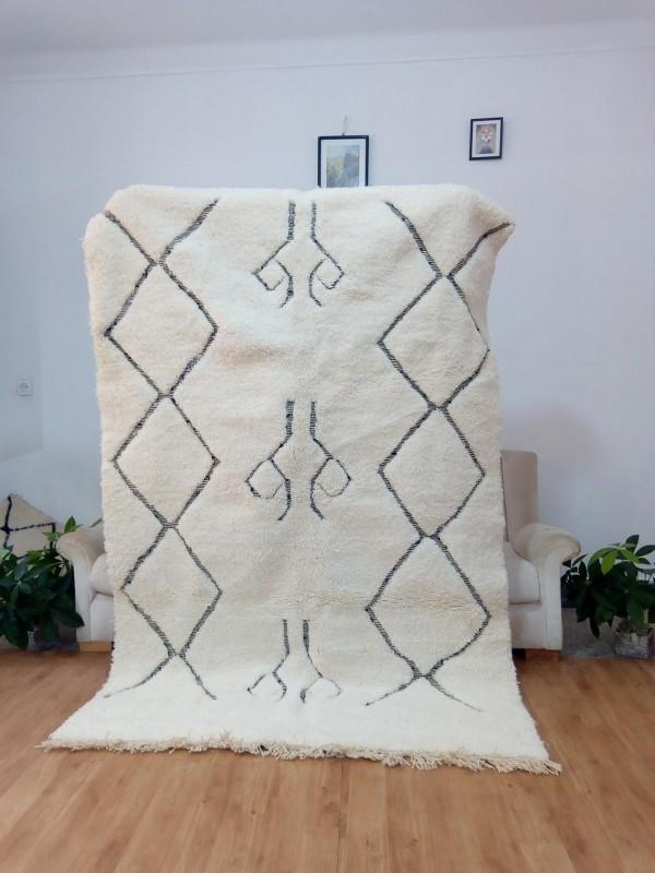 Moroccan Hand Woven Beni Ourain Tribal Style - Shag Pile - Full Wool Rug - 230 X 150cm