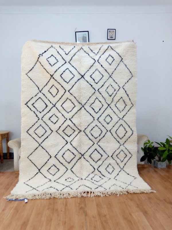 Moroccan Beni Ourain Style - handmade rug - Diamond art pattern - Wool - 228 X 161cm