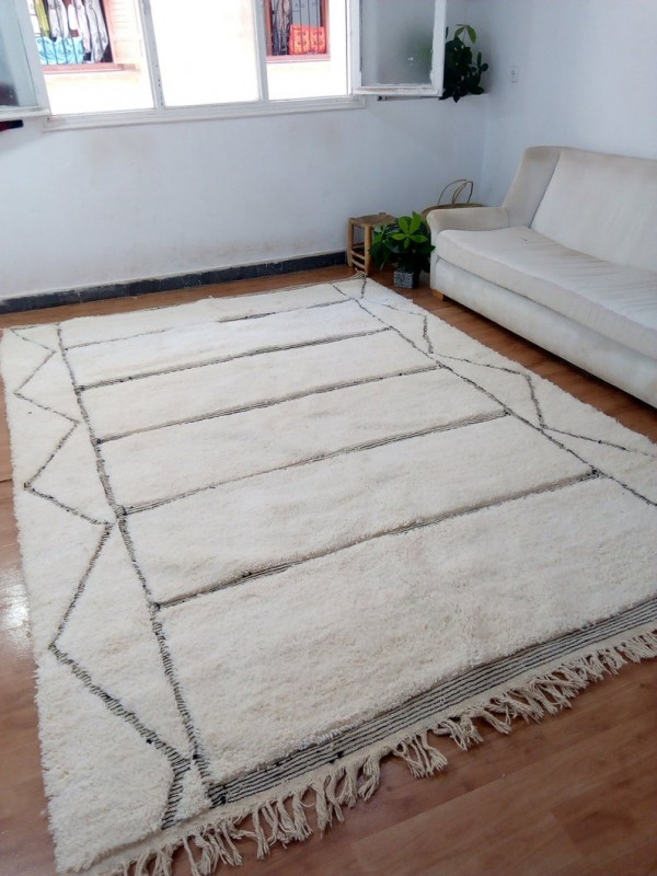 Hand Woven Beni Ourain Tribal Style - Shag Pile - Full Wool Rug - 327 X 225cm