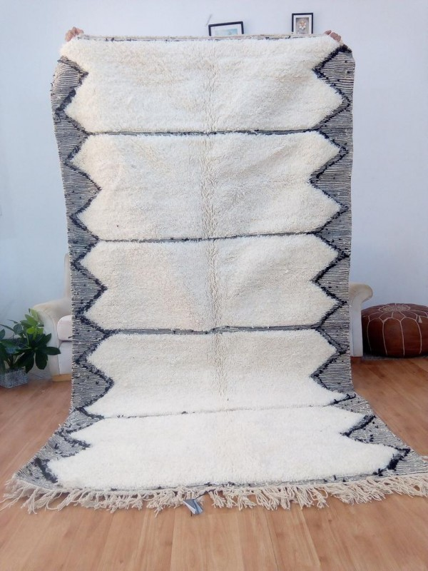 Beni Ourain Style  - Wool with Black Art Design- Nice Pile - Wool - 270 X 148cm
