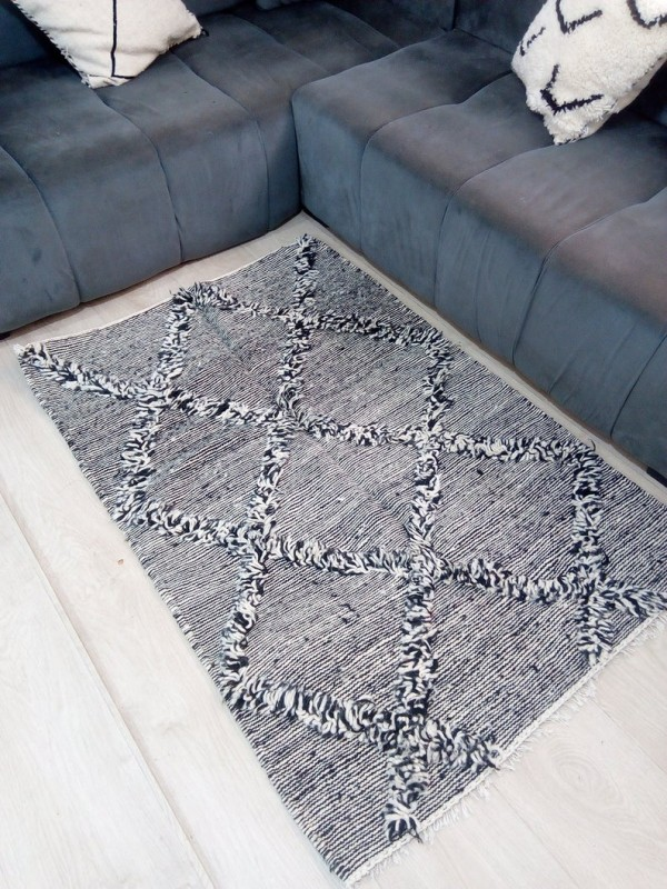 Moroccan zanafi rug berber style Hand Knotted - Full Wool - 147x100 CM