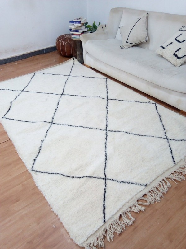 Moroccan Handwoven Beni Ourain Style - Shag Pile - Full Wool Rug - 260 X 164cm