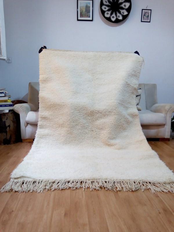 Berber Carpet -Uni Color - Moroccan Rug - Wool - Beni Ourain Style - 206 X 134cm