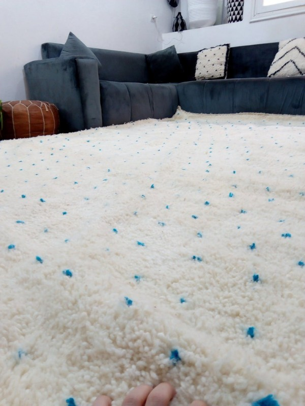 Moroccan hand woven Beni Ourain Style - Hand Woven Wool Rug - Light Blue Dots - 320X208cm