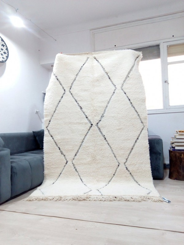 Moroccan Handwoven Beni Ourain Style - Shag Pile - Full Wool Rug - 240 X 137cm