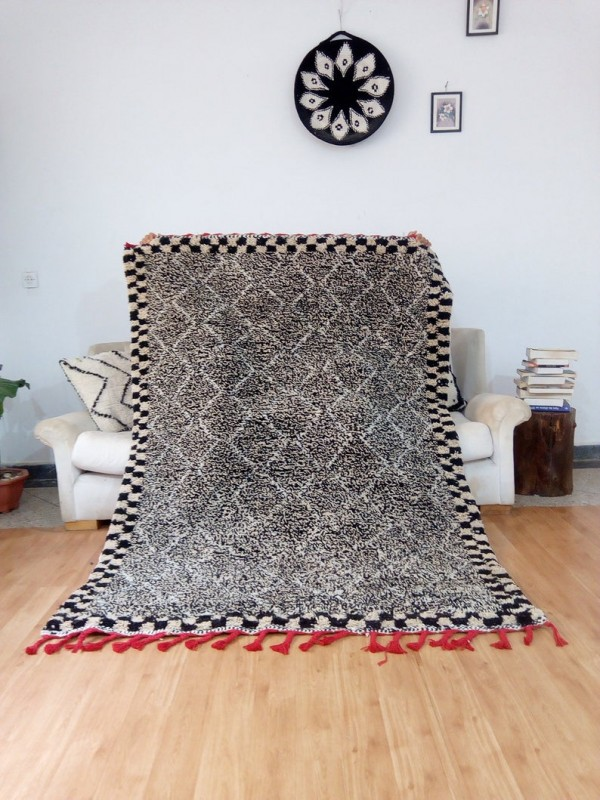 Moroccan Style Beni Ourain - Black Ivory  - Full Wool - 204 X 145cm