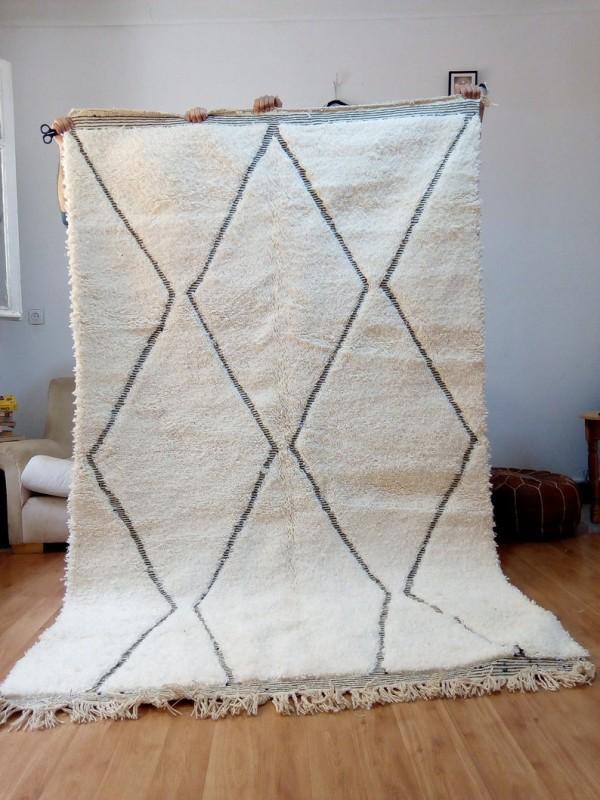 Beni Ourain Style - Moroccan Rug - Black lines - Handmade Carpet - wool 240x150 CM