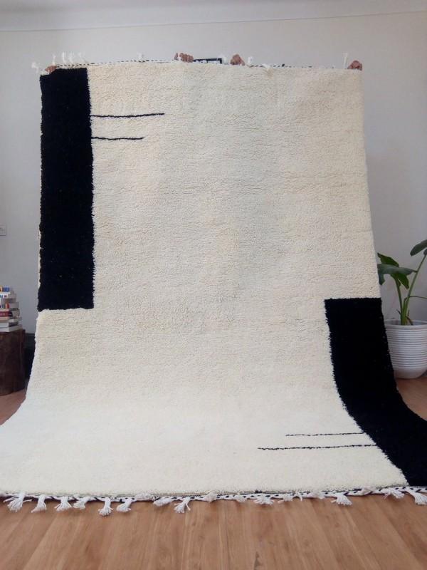 Moroccan Handmade Rug - Uni Color - Hand woven Rug - Shag Pile - Wool - 310 X 200cm