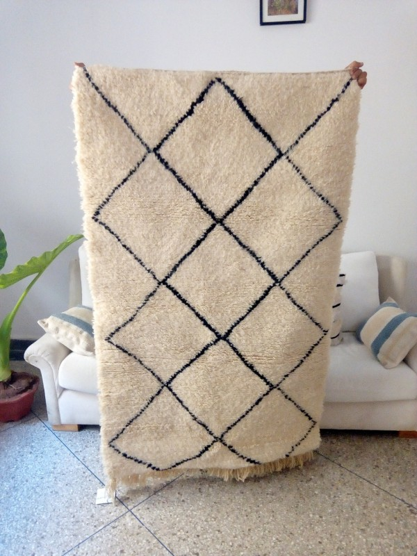 Handwoven Beni Ourain rug 5.5x3.2 ft Area Rug - Diamond Pattern -berber carpets - Shag Pile - full Wool - 170 X 100cm