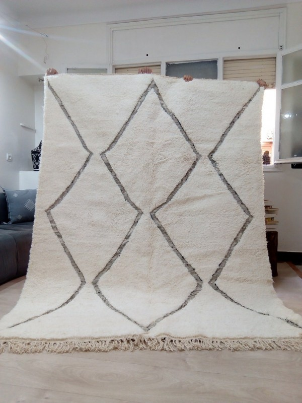 Berber carpet - Beni Ourain Tribal Rug Style- Shag Pile - Wool - 240 X 180cm