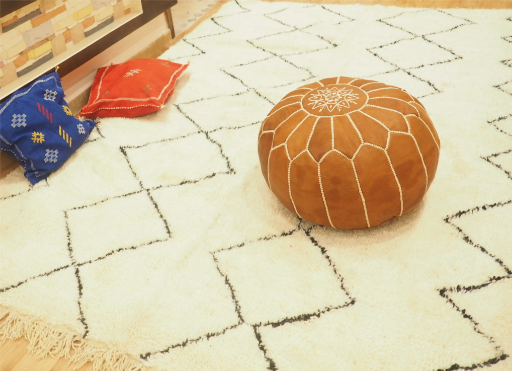 Moroccan Beni Ourain Rug - Moroccan Poufs